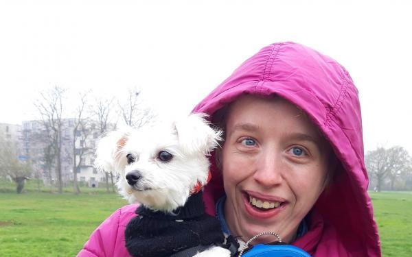Sandy en hondje Linda